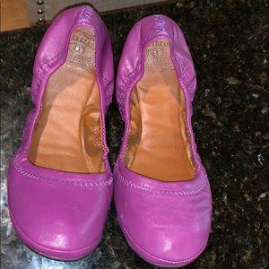 Lucky band purple shoes 8/38 EUC